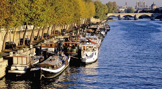 Wohnen im Kanal